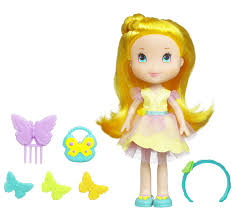 amazon com strawberry shortcake fashion doll lemon meringue set