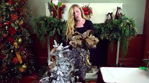 how to anchor a christmas tree topper decorating for christmas
