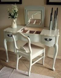 vanity mirror and desk foter