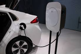 car lease europe 2017 electric car sales to soar hydrogen ups van better batteries