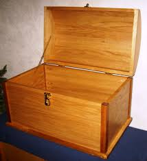 Build Wood Toy Box by Free Toy Treasure Chest Plans How To Build Pirate Treasure Chests