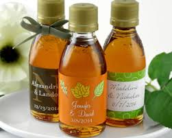maple syrup wedding favors personalized maple syrup favors many designs available edible