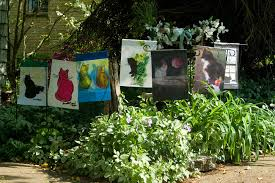 garden flags are here the creative cat