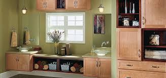 thomasville glass kitchen cabinets thomasville cabinets cottage maple cider countertop