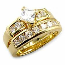 gold wedding rings a gold wedding ring cherry