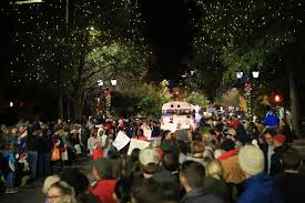 uga students weigh in on merry vs happy holidays