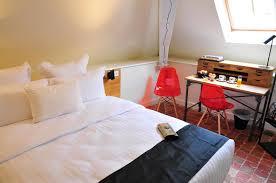 hotel dans la chambre sy hotels chambre henri petit sy les glycines