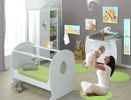 décoration pour chambre bébé decoration pour chambre de bebe deco chambre bebe lutin visuel 2