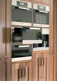 cuisine bois acier placards de cuisine alliant bois acier et cuirpoign es d coration