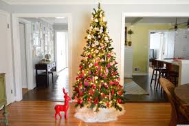 White Christmas Tree With Black Decorations Accessories Fascinating Decorating Ideas Using White Loose