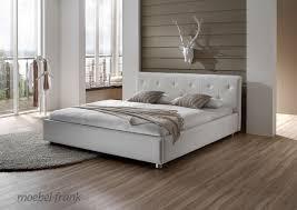 schlafzimmer braun beige modern moderne möbel und dekoration ideen ehrfürchtiges schlafzimmer