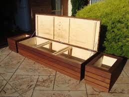 Diy Wood Storage Bench by Best 25 Patio Storage Bench Ideas On Pinterest Garden Storage