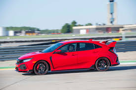 honda civic type r 2018 honda civic type r gets small price hike for 2018 automobile