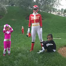 power ranger costume spirit halloween best celebrity halloween costumes 2016 glamour