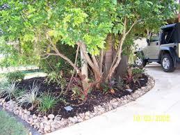 Rock Borders For Gardens Border Garden Ideas Pebble Garden Border Landscape Ideas