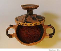 ancient greek about these ads make up pot with red pigment original makeup