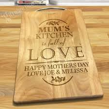 how to engrave a cutting board engraved mothers day hardwood chopping boardwith handle