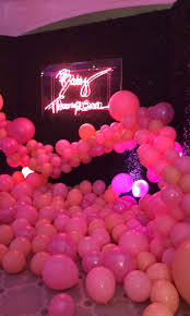 pink baby shower khloé celebrates baby shower