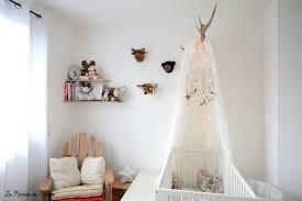 la chambre de bébé diy un mobile papillons pour décorer la chambre de bébé