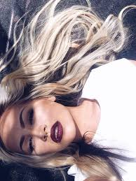 blonde hair with dark roots 5 pictures that will make you love dark roots blonde hair
