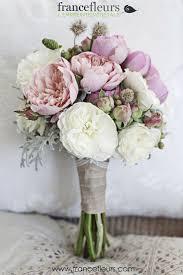 bouquet de fleurs roses blanches les 25 meilleures idées de la catégorie bouquets de mariée de