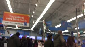 thanksgiving at walmart walmart thanksgiving black friday sale 2016 hackettstown nj crowd