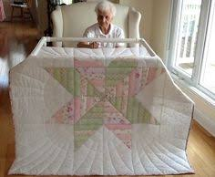 shabby chic the makers lap quilt handmade machine quilted 43 x 59