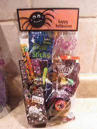 halloween gift baskets jen u0027s happy place more halloween treats