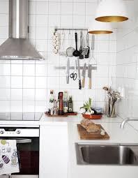 barre magn騁ique cuisine 5 excellentes raisons d installer un rail magnétique sur votre