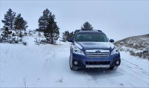 subaru outback snow 2014 subaru outback is the bigger more luxurious subaru review
