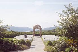 Wedding Venues In Upstate Ny We Love Photographing Rustic And Romantic Weddings Like This One