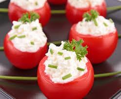 cuisiner les tomates cerises tomates cerises farcies au fromage recette de tomates cerises