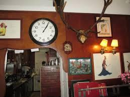 cuisine au bois elément de décor avec vue sur la cuisine picture of a la biche au