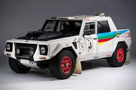 lamborghini lm002 rally car hiconsumption