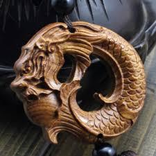 souvenir statue pattern wood carving car pendant