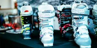 buy ski boots near me the seven most common mistakes skiers when buying boots