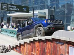 jeep grand cherokee camping 2017 nyias camp jeep track debuts all new my17 jeep compass