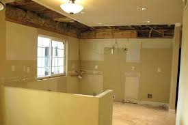 how to demo kitchen cabinets removing kitchen cabinet center stile removing kitchen cabinet