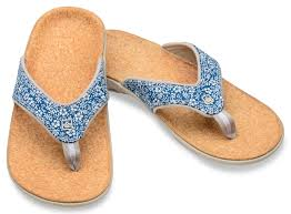 Comfortable Flats With Arch Support 11 Sandals That Are Actually Good For Your Feet