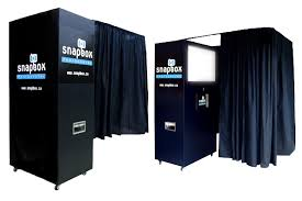 rent a photo booth snapbox photobooth rentals in vancouver photo booths vancouver