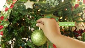 decorating christmas tree how to decorate a christmas tree elegantly 12 steps