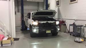 morimoto projector retrofit vs halogen reflectors toyota tundra
