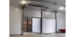 porta sezionale portoni sezionali coibentati assa abloy entrance systems