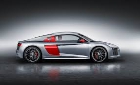 Audi R8 Manual - 2017 audi r8 coupe pictures photo gallery car and driver