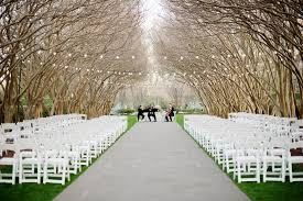 dallas wedding venues wedding ceremony dallas arboretum crape myrtle allee wedding