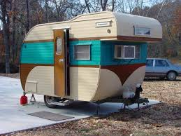 82 best vintage rvs images on pinterest vintage campers vintage