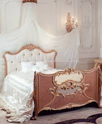 Royal Wooden Beds Luxury Royal Crown Customized Color New Born Wooden Baby Bed Crib