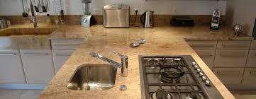 plan de travail en granit pour cuisine plan de cuisine en granit plans de cuisine en granit gris adouci