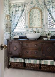 Vintage Bathroom Design Keeping It Classic Dig This Design - Vintage bathroom design pictures