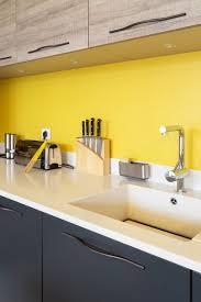 Kitchen Yellow - crédence et plan de travail les bonnes associations kitchens